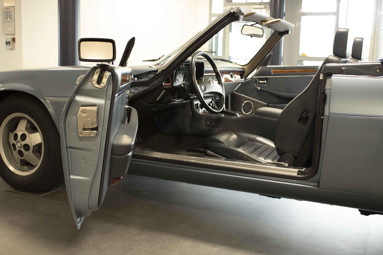 Oldtimer Care & Sales Jaguar XJ-S Cabrio, 5,3 ltr  V12